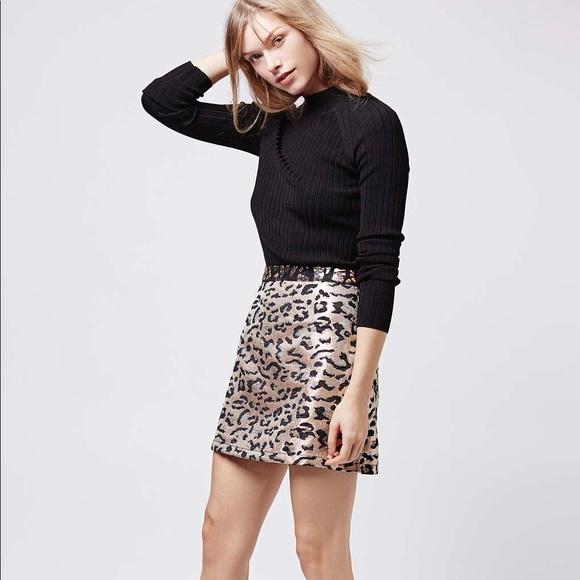 cb2d54d3acc24e Topshop Skirts | Leopard Print Mini Skirt | Poshmark